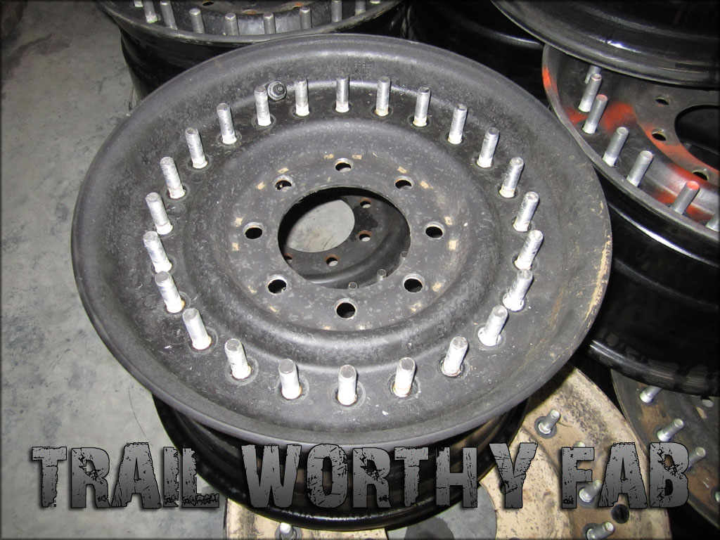 Military Double Bead Lock H1 Hummer 24 Bolt Wheel