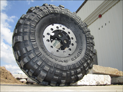 12 Bolt Hummer Wheel Special w/TIRE